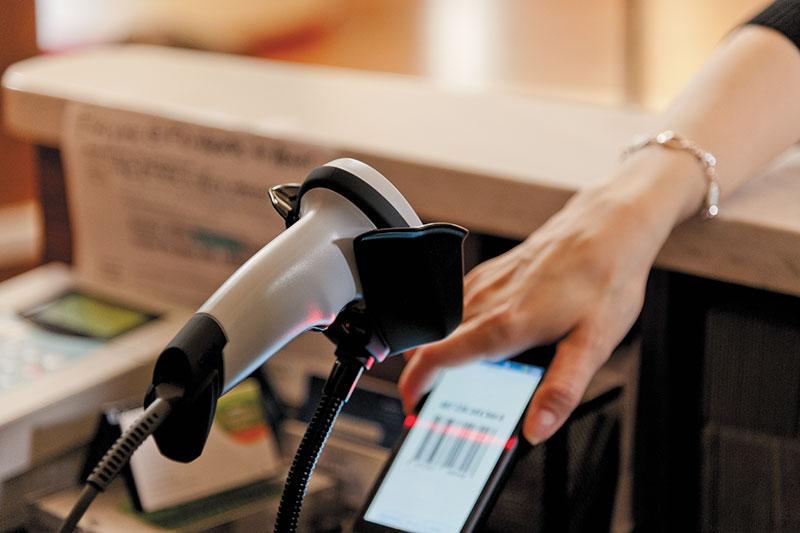 ръчен баркод скернер Zebra LI2208 сканира от смартфон